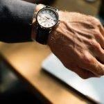Når har ansatte krav på overtidsbetaling?